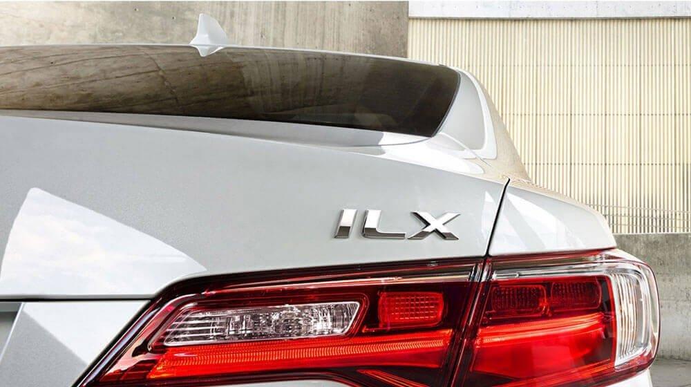 2017 Acura ILX tail light up close