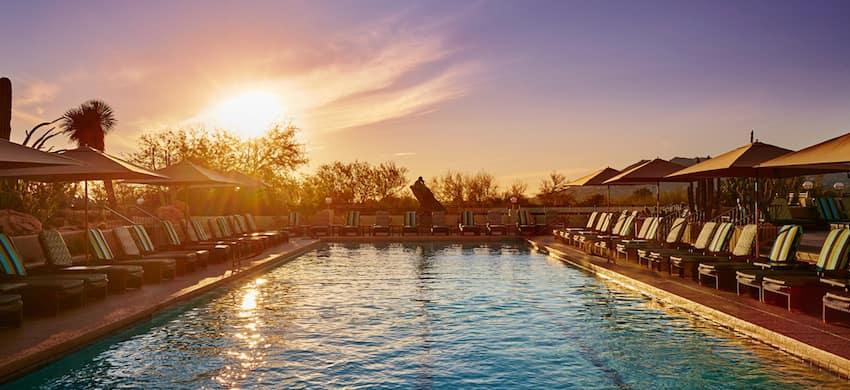 Tocaloma Spa & Salon pool