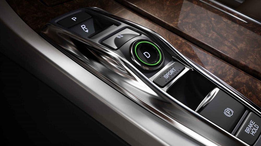 2018 Acura RLX interior features