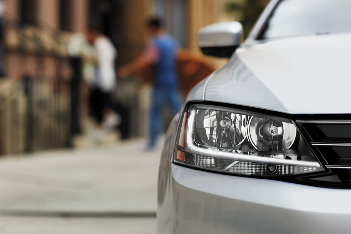 2017 Volkswagen Jetta Headlight Detail