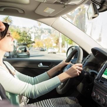 2017 Volkswagen Tiguan Interior Driving
