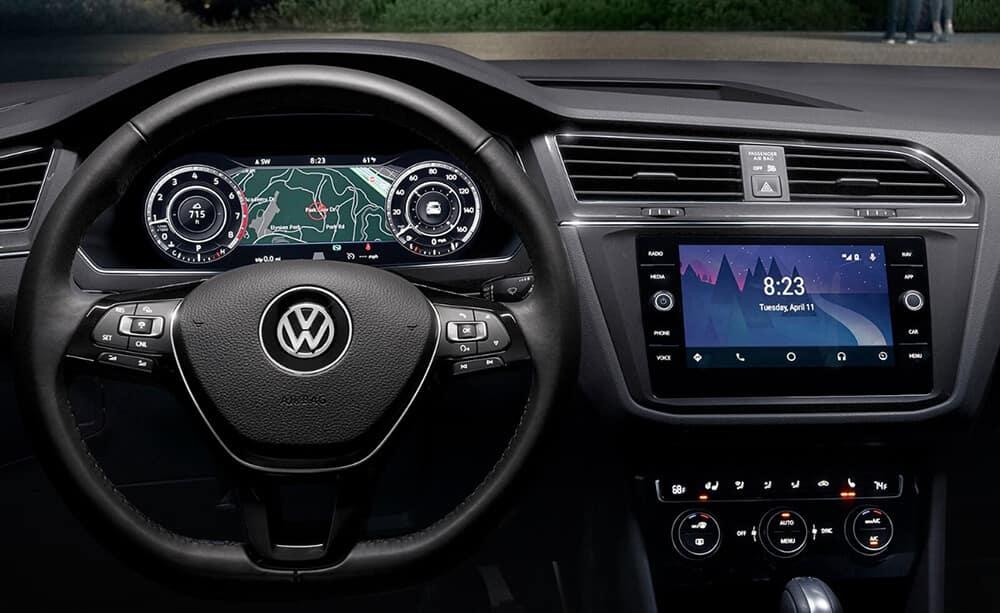 2018 VW Tiguan Dash