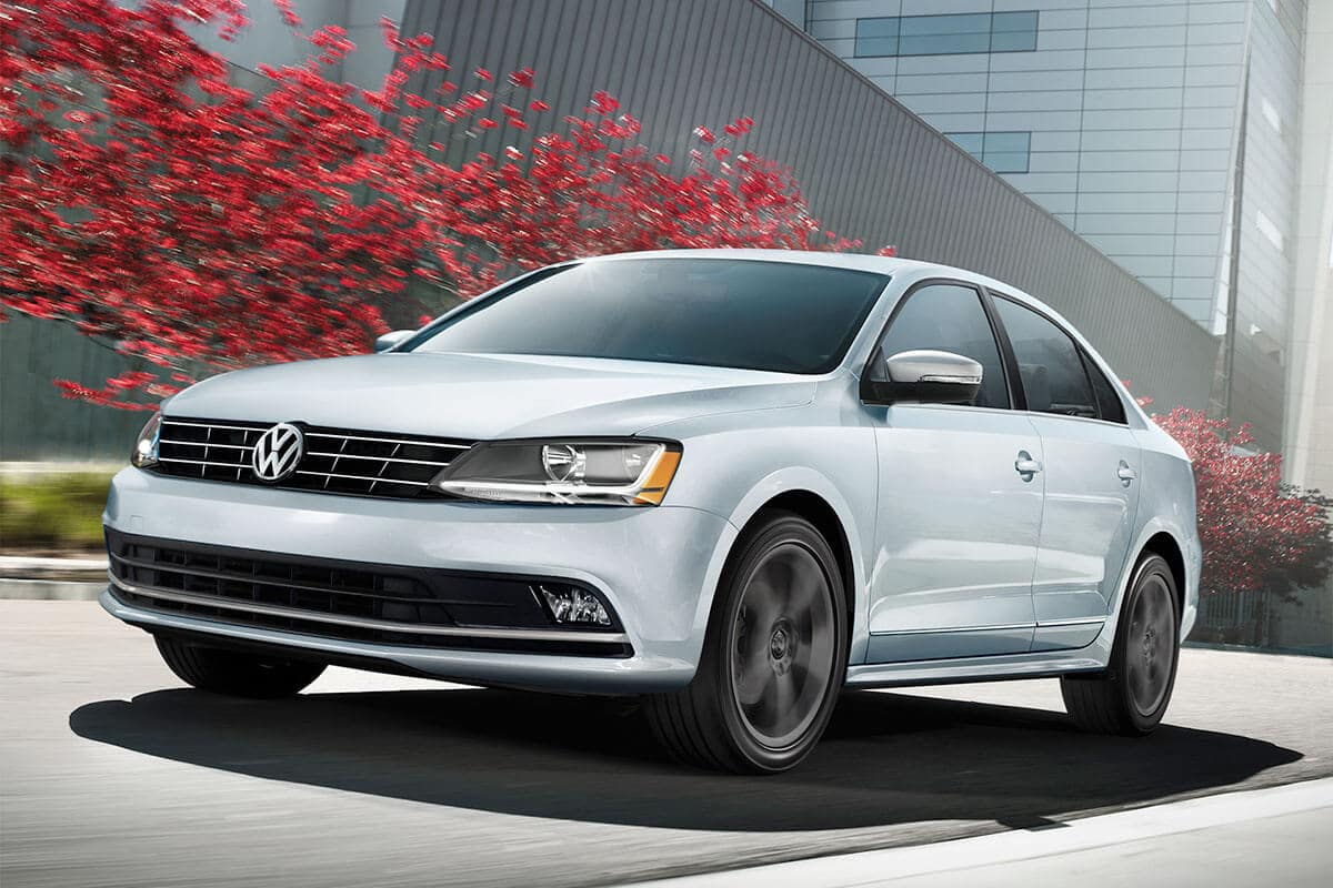 2018 Volkswagen Jetta autumn leaves