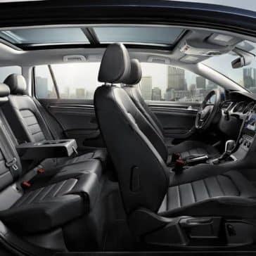 2018 Volkswagen Golf SportWagen interior cabin