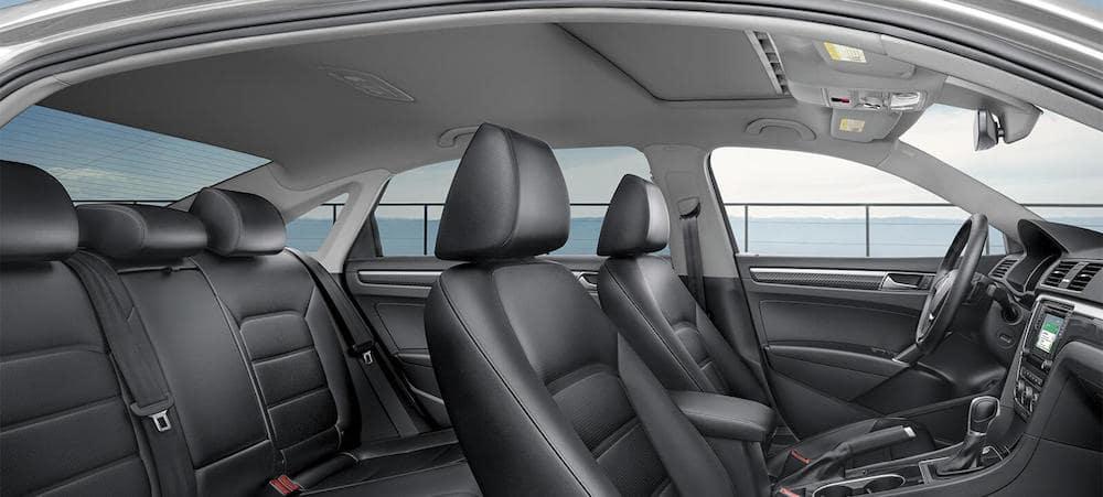 2019 Volkswagen Passat Interior