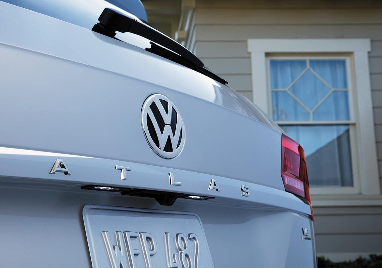 2019 Volkswagen Atlas closeup of trunk name plate
