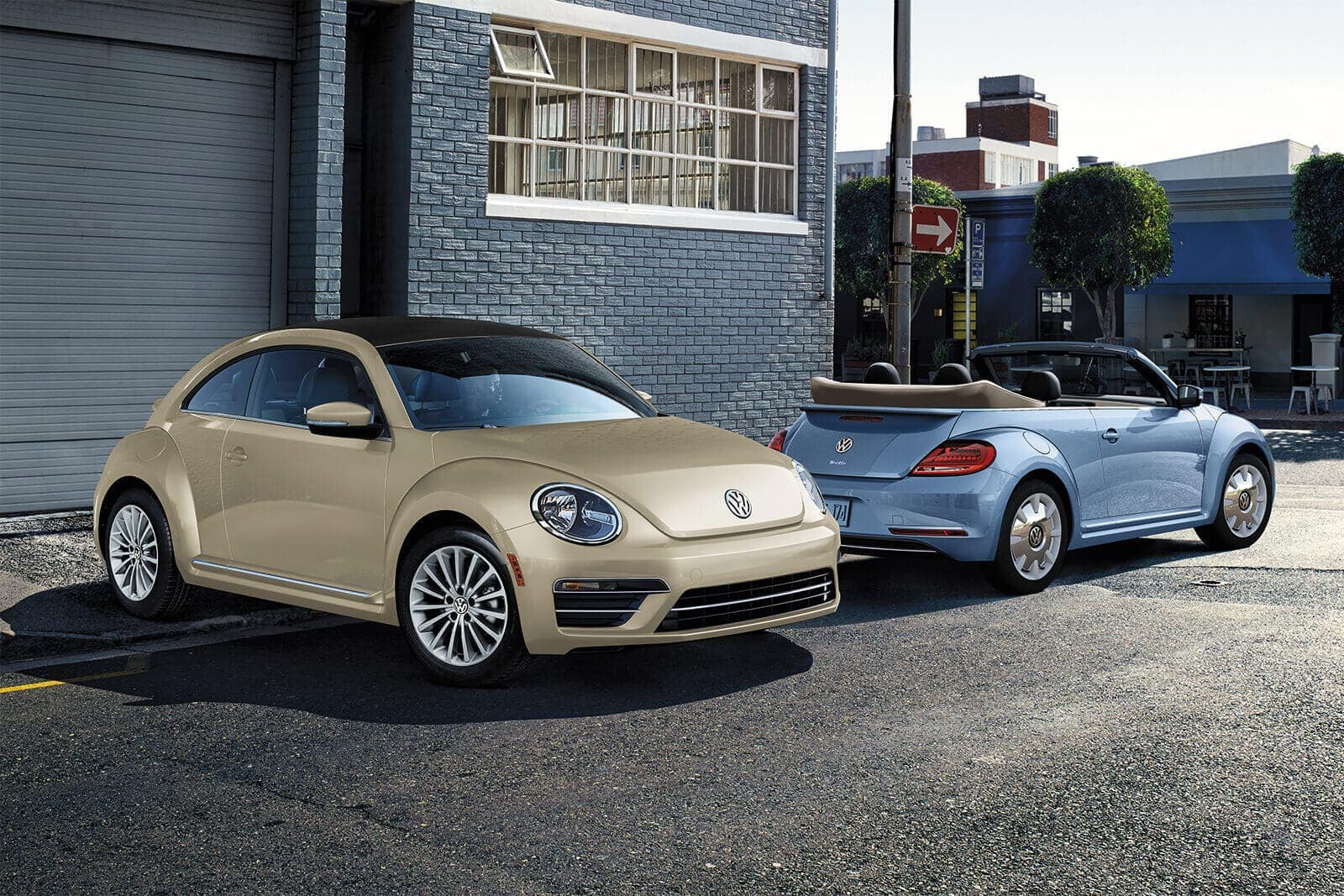 2019 Volkswagen Beetle final edition convertible in blue and safari