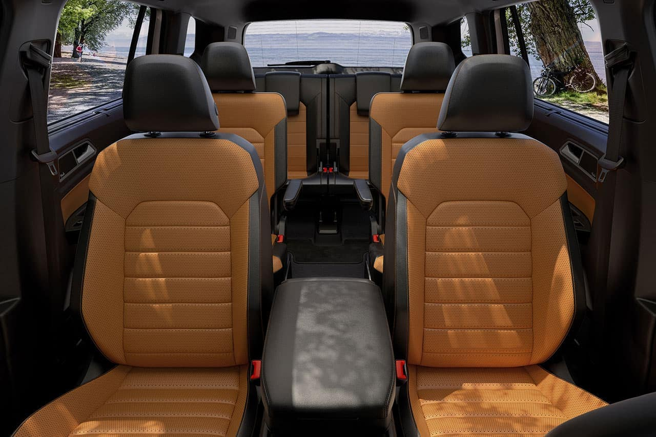 2019 VW Atlas interior leather features