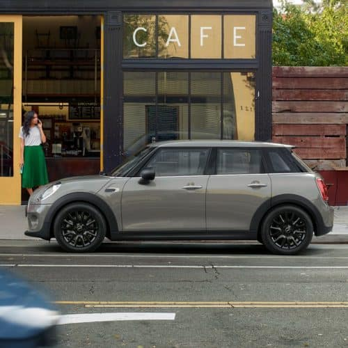 Lease a New 2020 MINI Cooper Hardtop 4 Door for $229/month for 36 months with $2,999 cash due at signing.