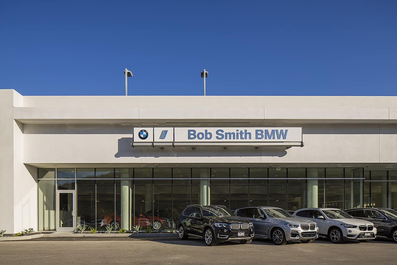 Exterior Front Bob Smith