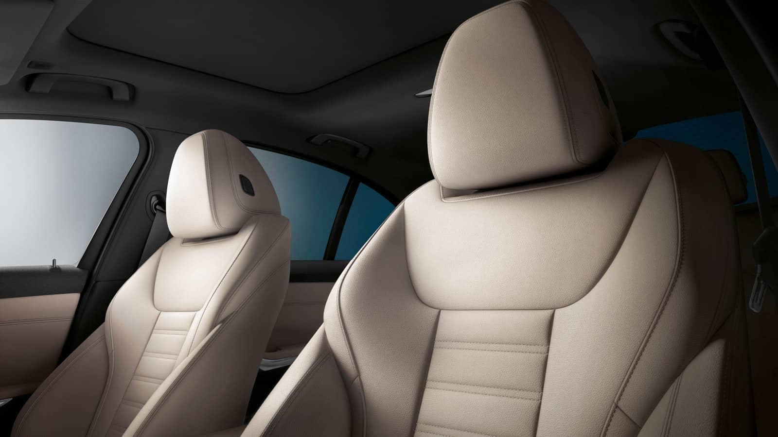 2019-BMW-3-Series-front-seats
