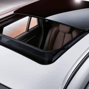 2019-BMW-X1-panoramic-moonroof