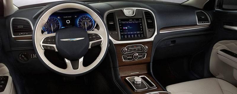 2017 Chrysler 300 Interior