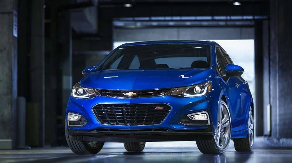 2017 Chevy Cruze front view