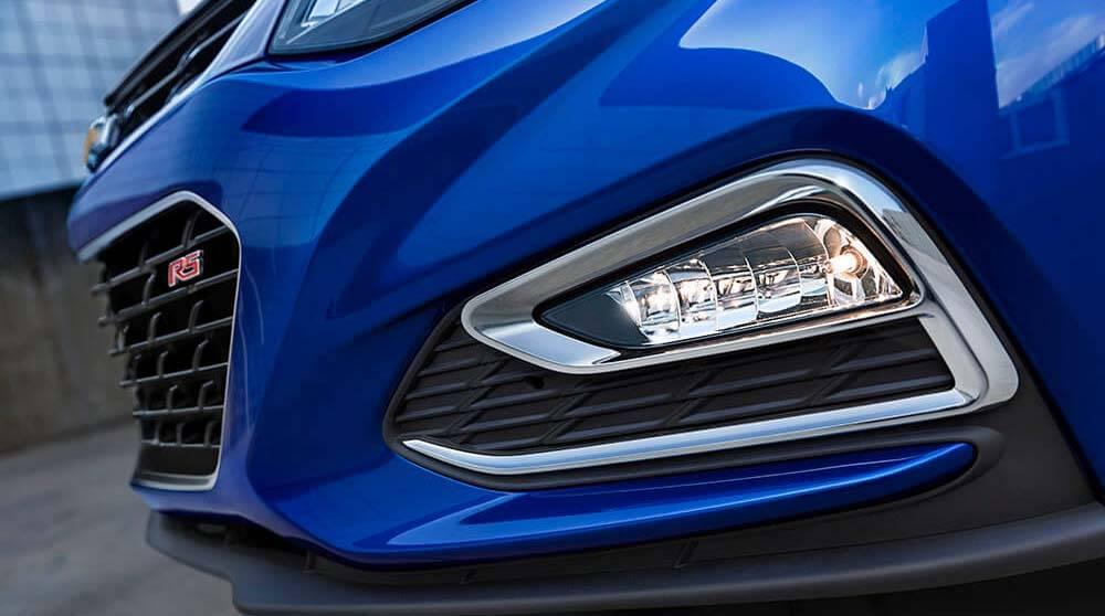 2017 Chevy Cruze headlights up close