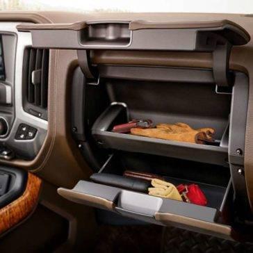 2017 Chevrolet Silverado 1500 interior features