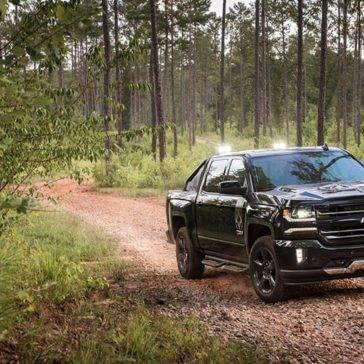 2017 Chevrolet Silverado 1500 dark exterior model