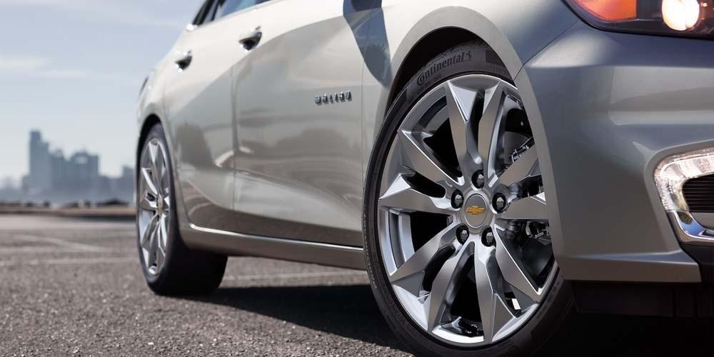 2018 Chevrolet Malibu wheels