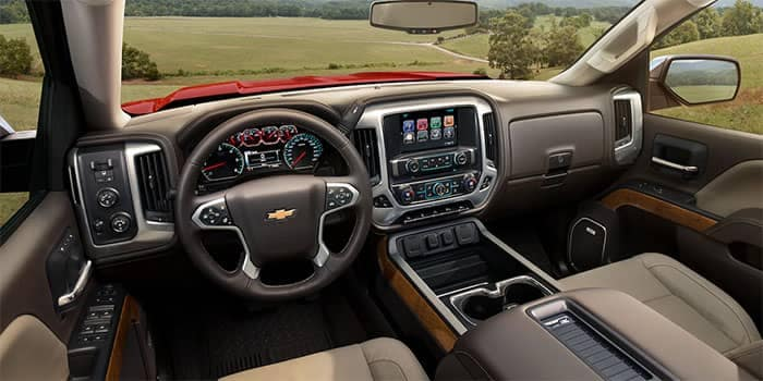 2018 Chevrolet Silverado Interior Dashboard Technology Features