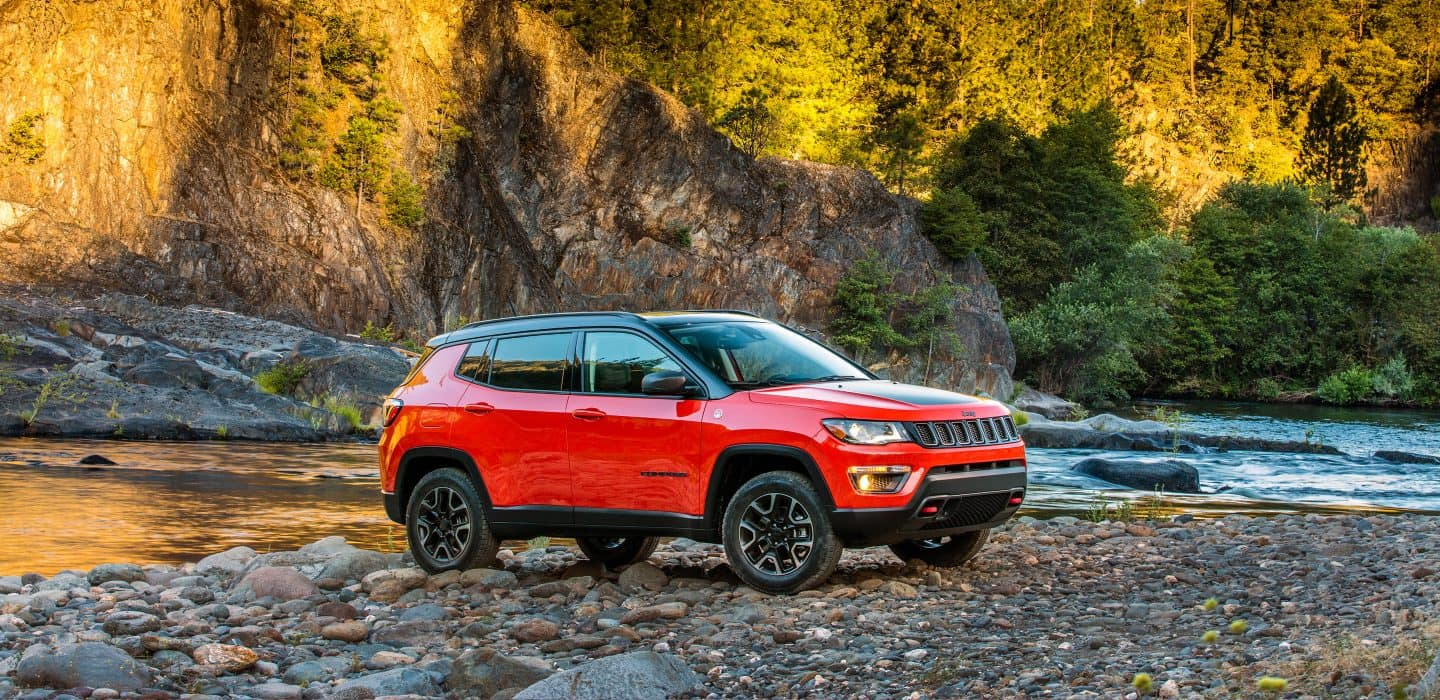 2018 Jeep Compass serving Chicago Illinois