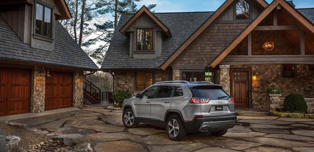 2019 Jeep Cherokee Exterior Gallery 3