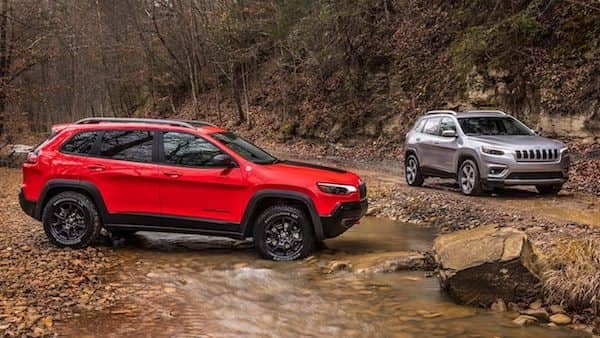 2019 Jeep Cherokee Trailhawk And Limited Offroading