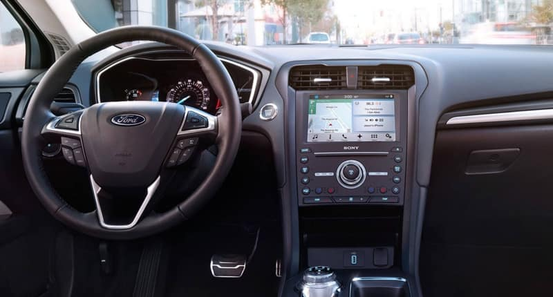 2017 Ford Fusion Front Interior Features