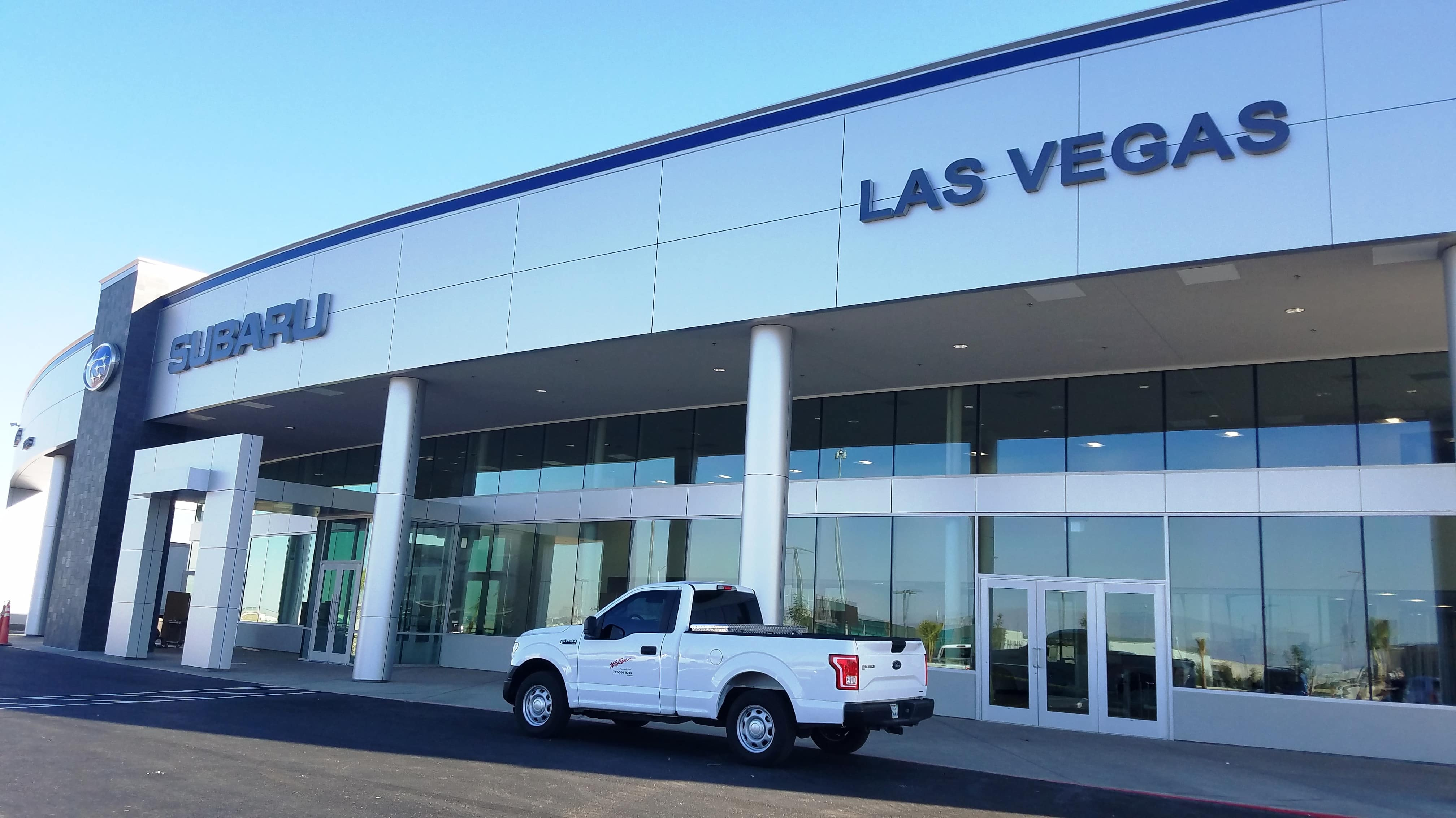 historic findlay dealership subaru of las vegas has moved to new complex in southwest valley. Black Bedroom Furniture Sets. Home Design Ideas