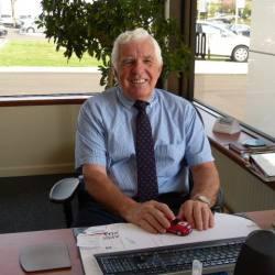 Chuck  Donlin