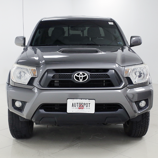 Pre-Owned 2015 Toyota Tacoma  Four Wheel Drive Long Bed
