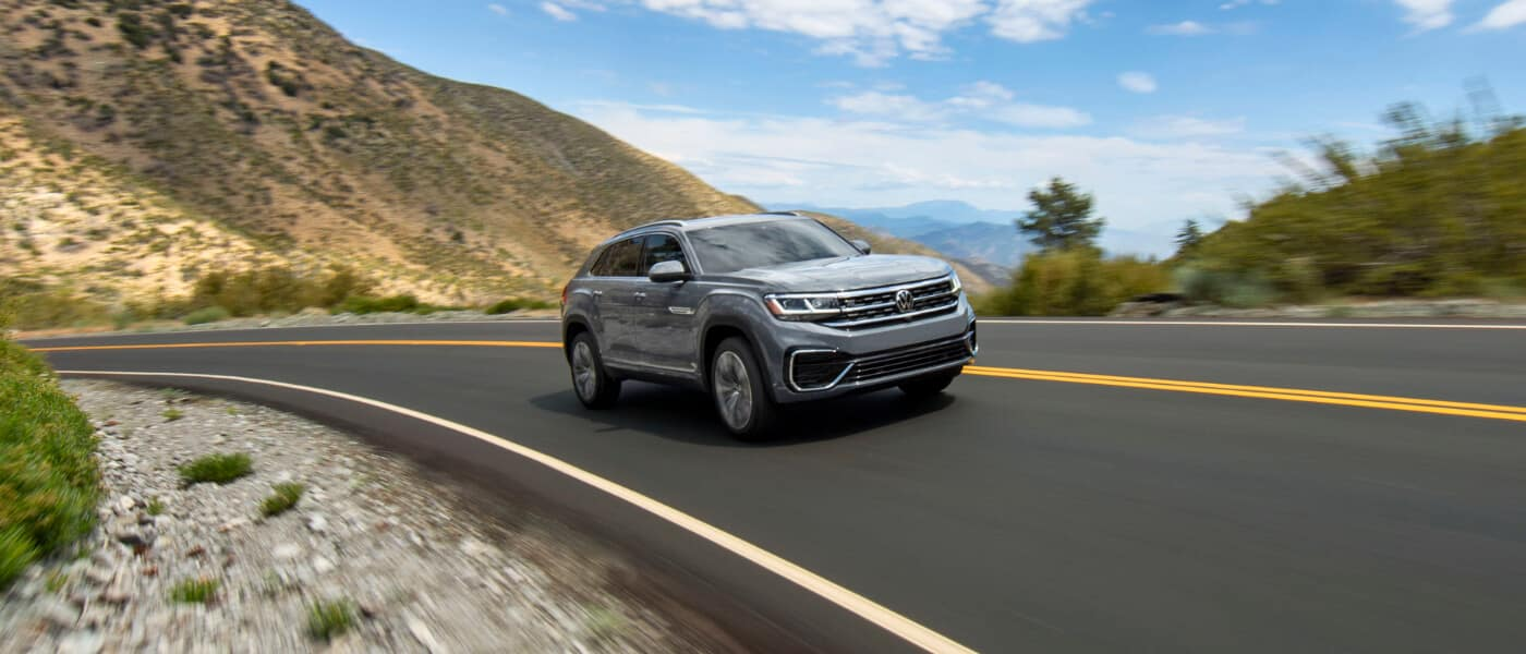 2020 Volkswagen Atlas Cross Sport vs. 2020 Honda Passport