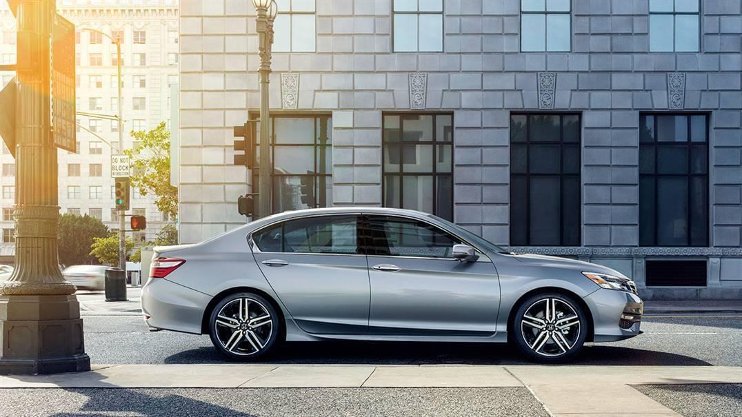 2016 Honda Accord Side Exterior