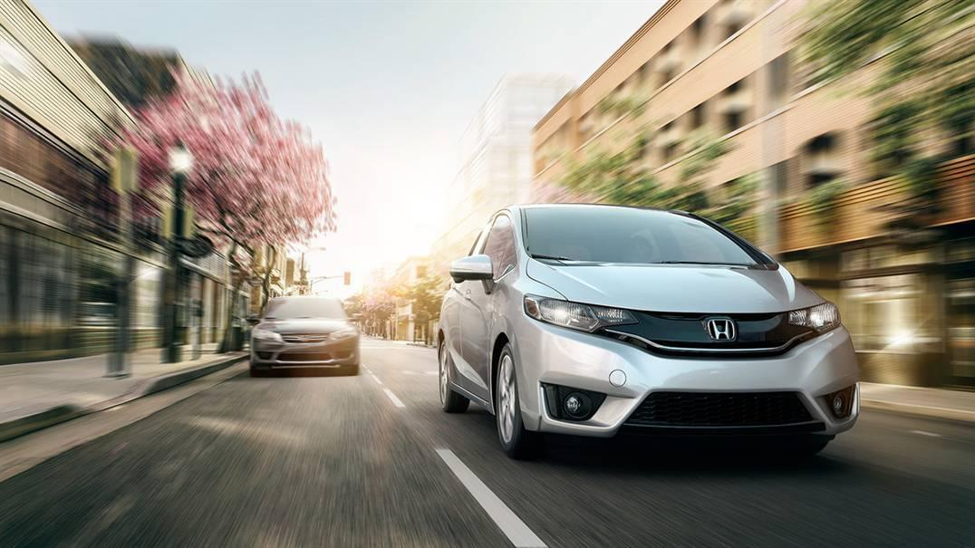 2016 Honda Fit Front Exterior White