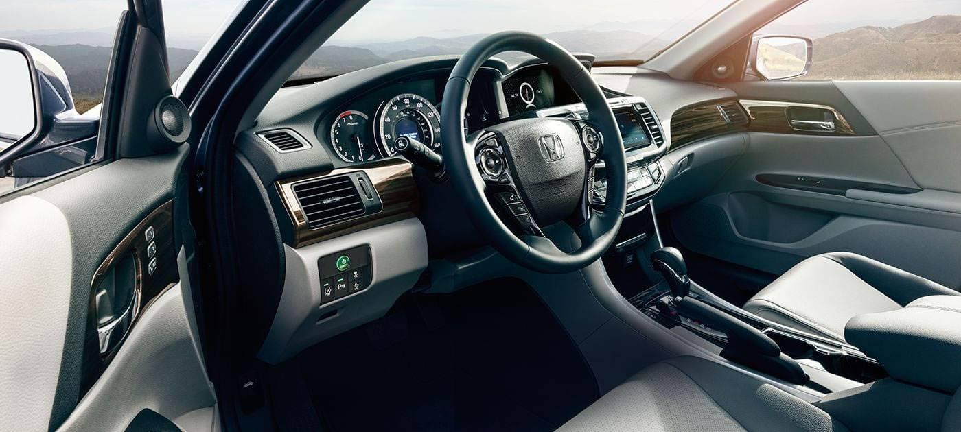 2017 Honda Accord Side Interior