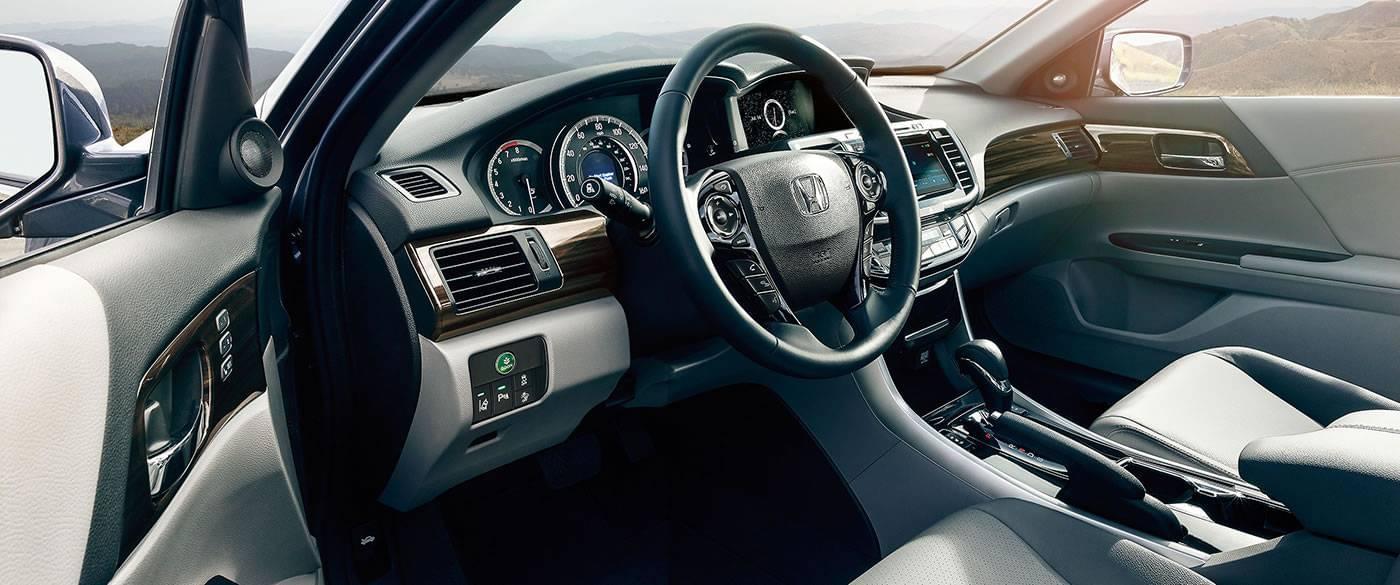2017 Honda Accord Sport Interior Dash Detail