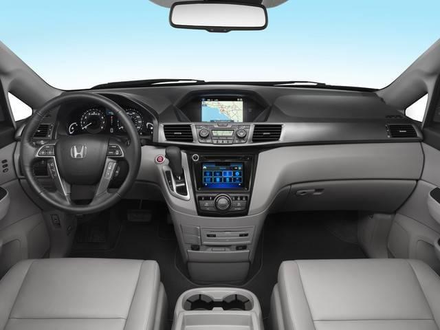 2017 Honda Odyssey EX-L Front Interior