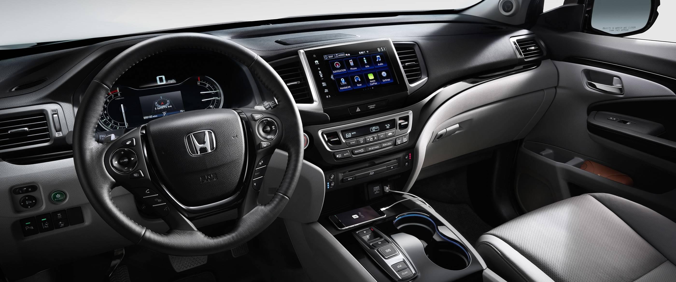 2017 Honda Pilot Interior Dash View