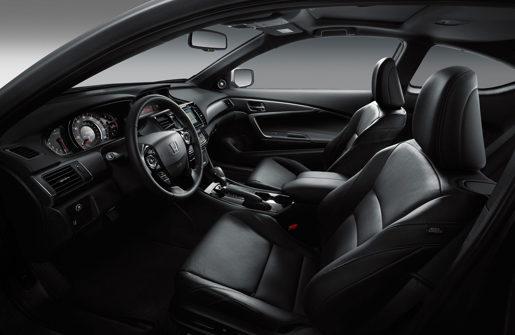 2017 Honda Accord Coupe Interior Seating and Dash