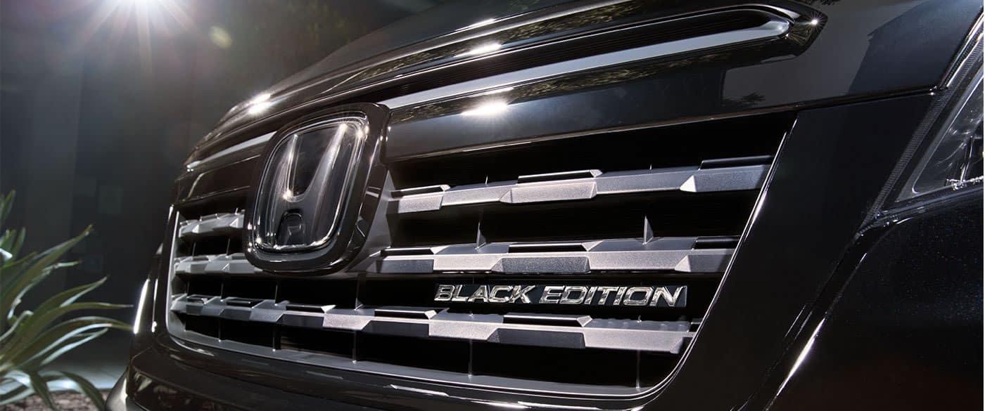 2017 Honda Ridgeline Black Edition Front Exterior Grille