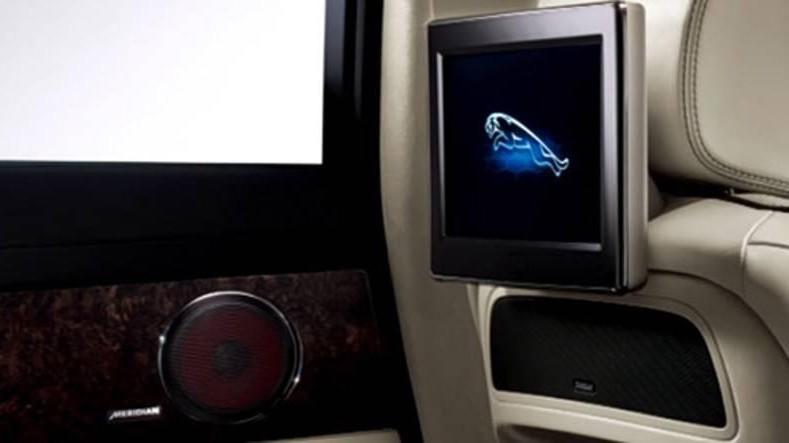Jaguar-and-Meridian-Audio