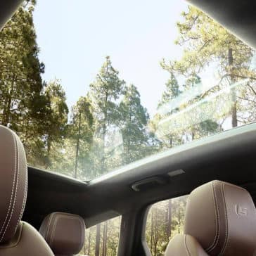 2019-jaguar-xf-interior-sunroof