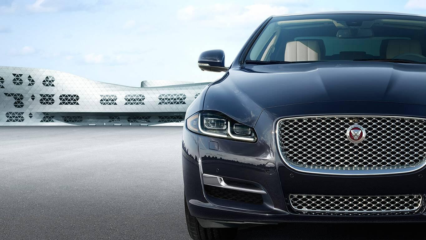 2017 Jaguar XJ front exterior up close