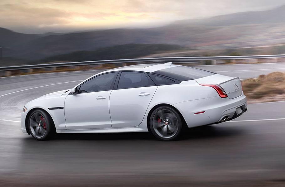 2017 Jaguar XJ Driving