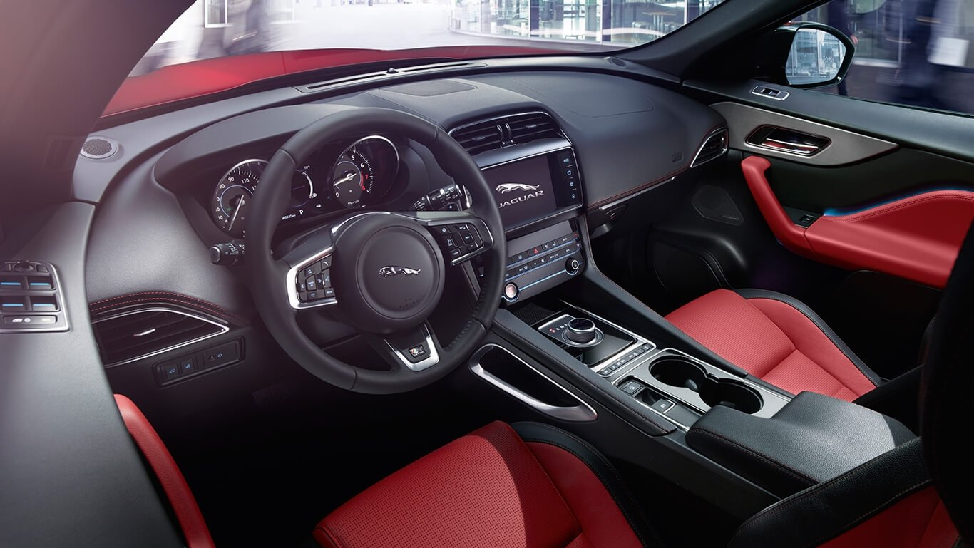 2018 Jaguar F-PACE front interior features