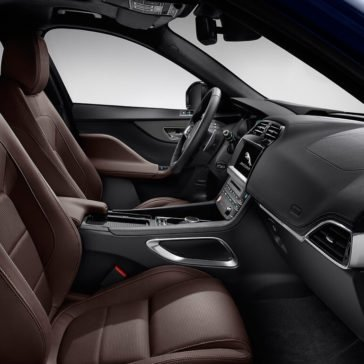 2018 Jaguar F-PACE front interior