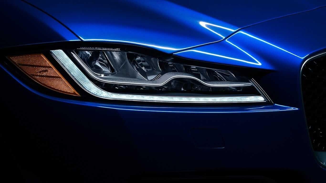 2018 Jaguar F-PACE exterior up close