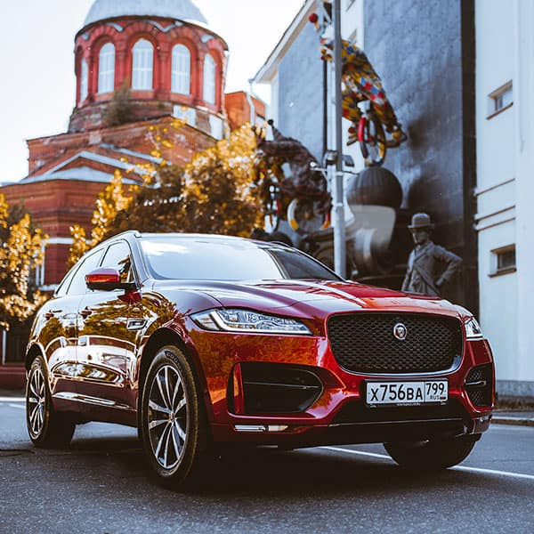 LEASE A NEW 2019 F-PACE PREMIUM AWD FOR $497 PER MONTH.
