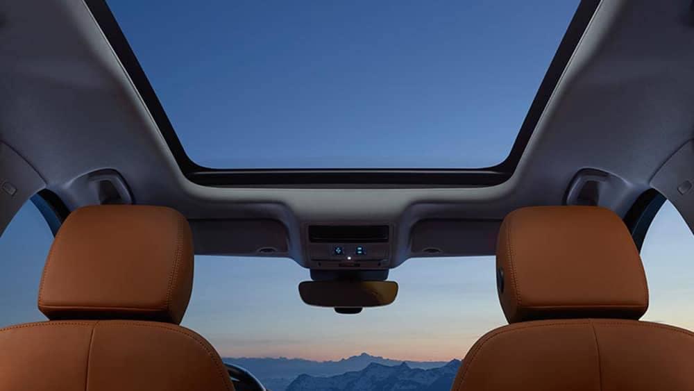 2019 Jaguar F-PACE interior features