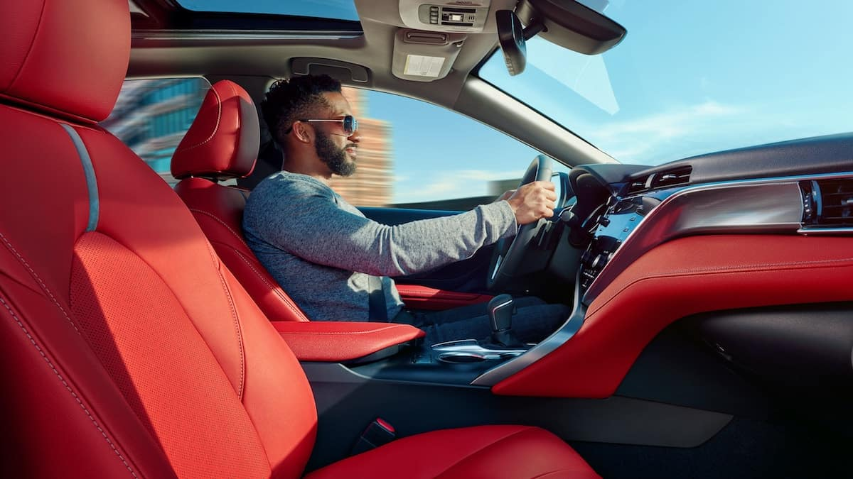 Which 2019 Toyota Camry Has Leather Seats Near St Louis
