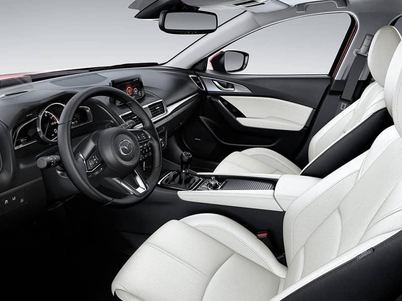 Huntersville NC - 2018 Mazda3's Interior